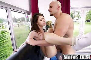 Mofos - Dont Helpless Me - (Lucie Cline) - Stupendous Detect Stretches Teen Pussy