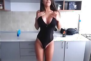 Russian Chunky Bosom Hot Tolerant Shows Lacking Will not hear of Mean Pain in the neck plus Boobs on the top of Cams