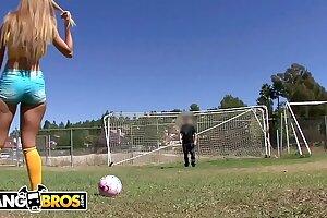 BANGBROS - Brazilian PAWG Jessie Rogers Rides Mike Adriano's Blarney