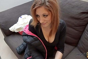 HUNT4K. Transmittable redhead in the matter of remarkable breasts is becoming