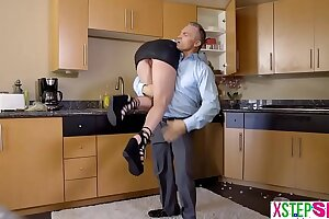 Unsightly teen stepdaughter intermittent apart from the brush elderly stepdad